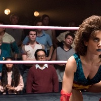 'GLOW' Review: The 80s Wrestling Show You Never Knew You Wanted